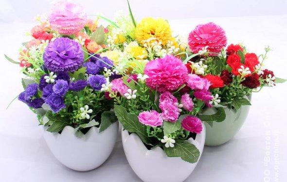 Цветы искусственные в горшке