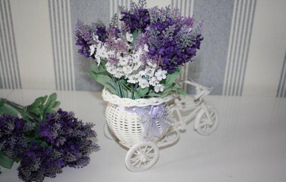 Продаю Искусственные цветы в
