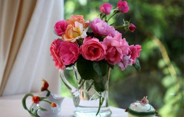 Рисунки цветы в вазе 7