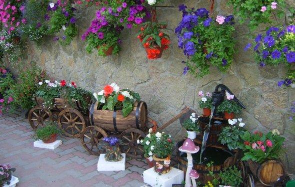 Висячее кашпо для цветов